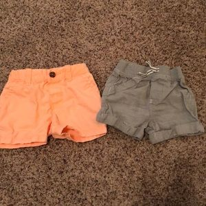 Set of 2 boys shorts sz 6m and 6/9m